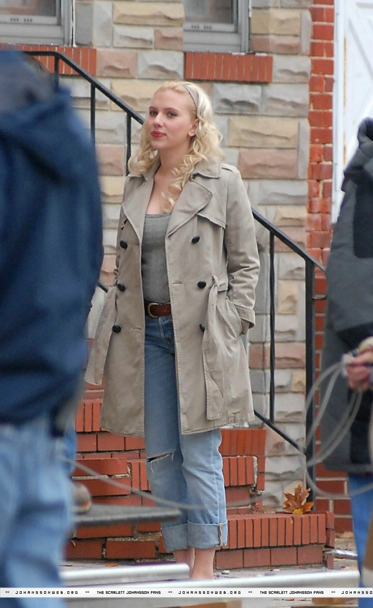 image Scarlett johansson hes just not that into you