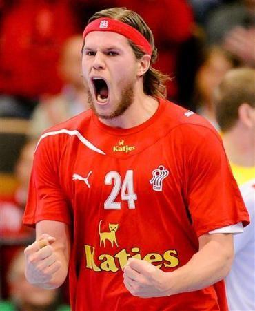 Mikkel Hansen Dän Nationalmannschaft Beim Jubeln über Ein Tor Repinned By Someid De Handball Handball Players Sports Stars