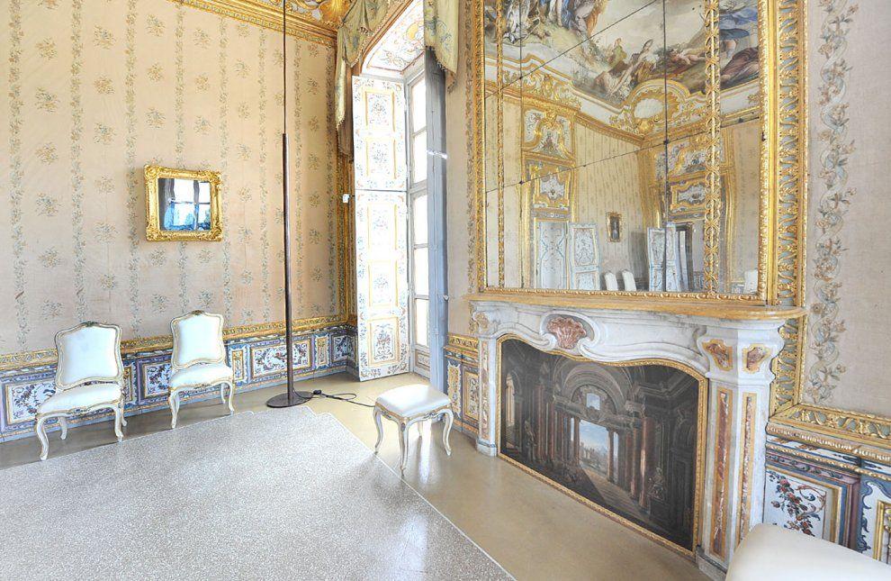 Appartamenti della Regina nella Palazzina di Caccia di Stupinigi, Torino,Italy. Da 'La Repubblica',foto Francesco Del Bo