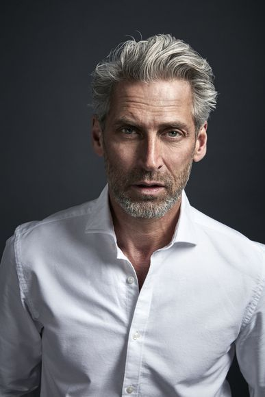 Pin By Nexter On People Grey Hair Men Hair And Beard Styles Older Mens Hairstyles