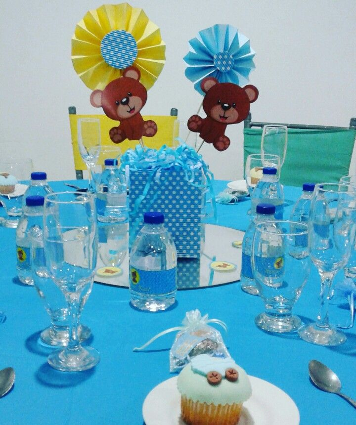 Centro de mesa baby shower ni o ositos baby shower for Mesa baby shower nino