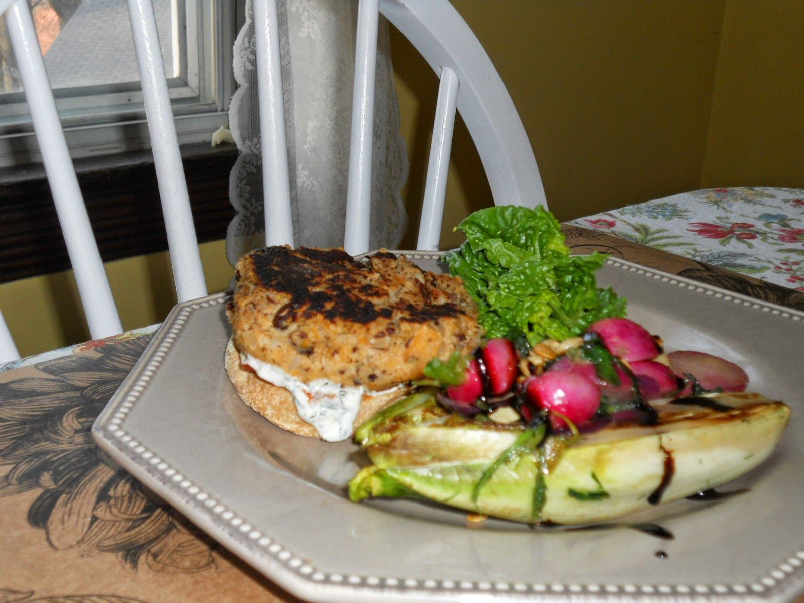 Lettuce Shoppe Food Spot: VEGGIE BURGERS ON PARADE WITH HOMEMADE KETCHUP AND...