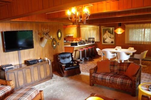 Shaggin' Chalet in Gatlinburg, Tennessee - a vintage retreat as cozy as grandpa's mountain lodge #mancavegarage