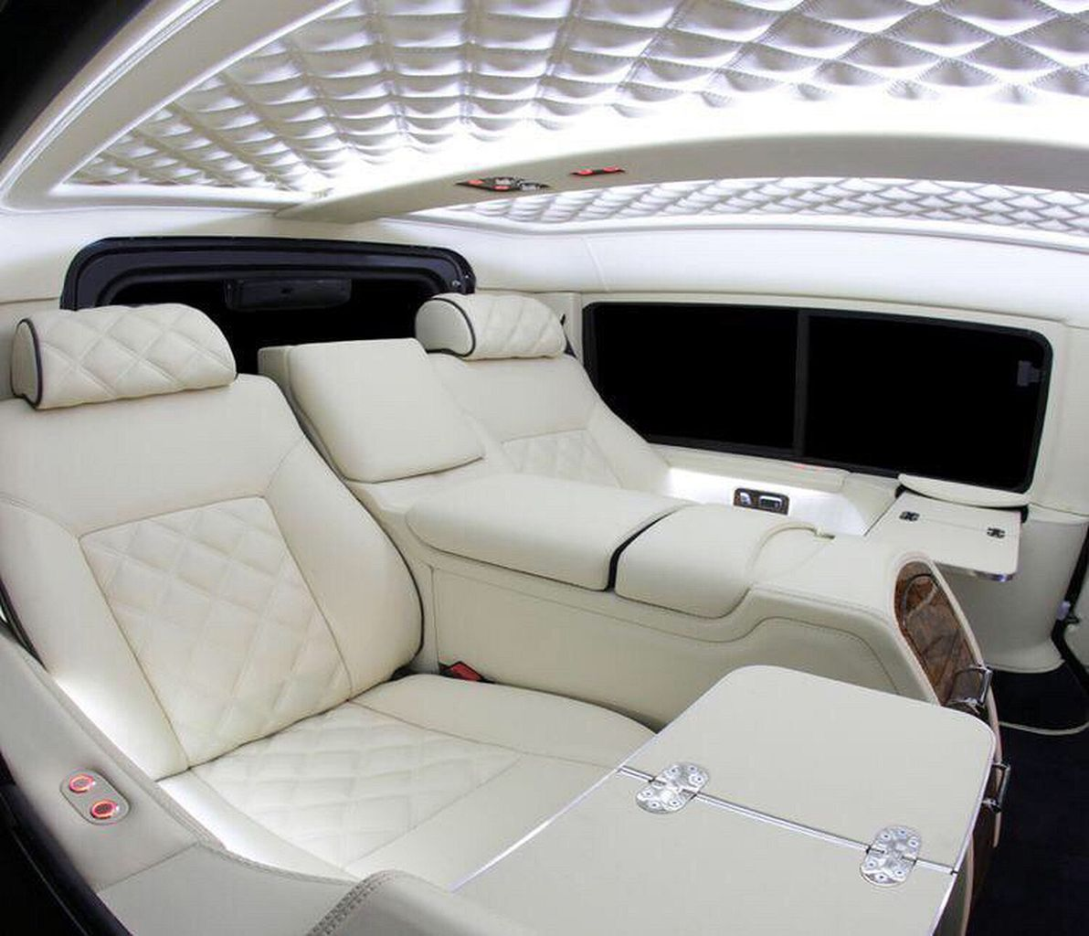 Discover The Best Luxury Lifestyle Inspiration For Your Next Interior Design Project On Our Blog Fo Luxury Car Interior Custom Car Interior Sports Cars Luxury