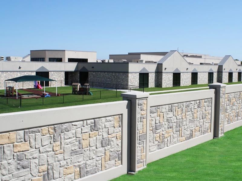 What Can Precast Concrete Commercial Fences Gates And Walls Be Used For Aftec Concrete Retaining Walls Fence Design Backyard Fences