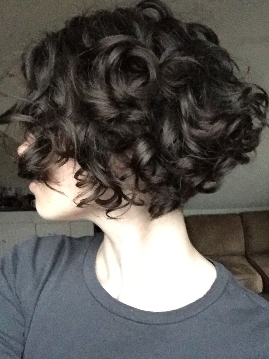 how to cut curly hair into a bob