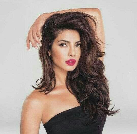 Pin by Aishvi Gajjar on bollywood | Priyanka chopra hair ...