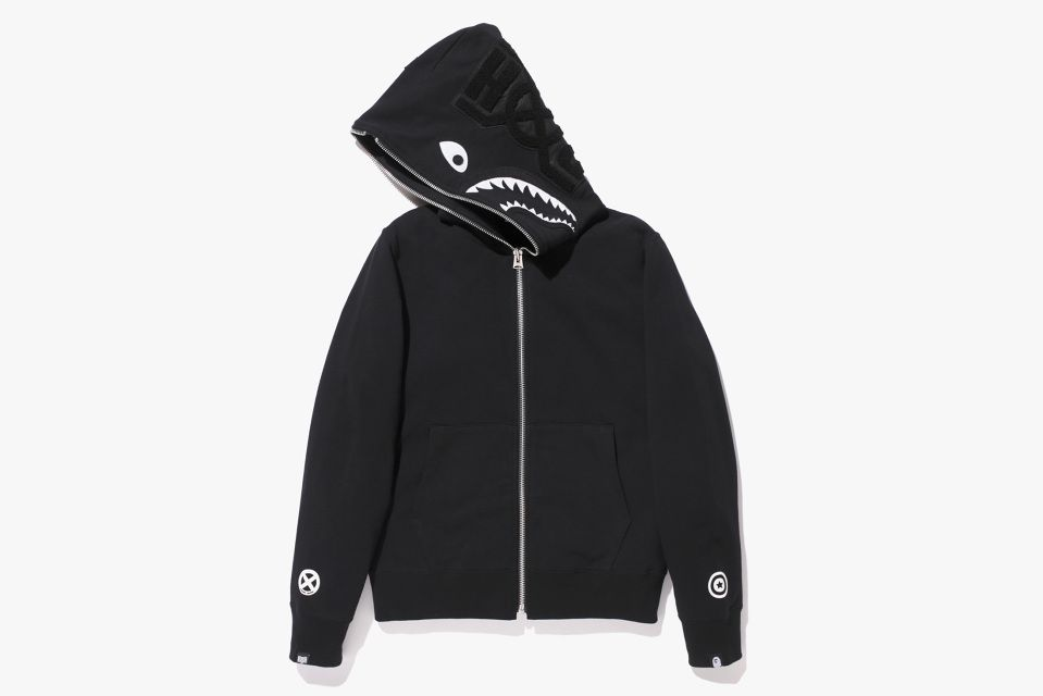 """16cfb5e473d5 Bounty Hunter x A BATHING Ape """"Mad Shark"""" Capsule Collection Source  http"""