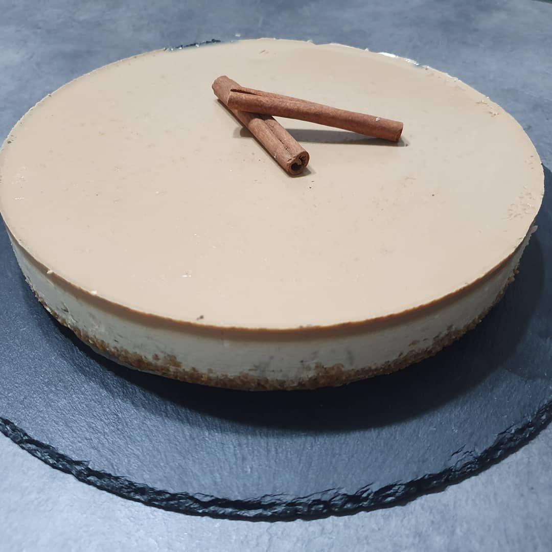 Cheesecake al caffè e cannella.