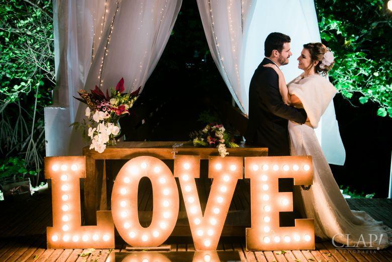 ♥♥♥  Clap! Fotografia A Clap! é uma empresa de fotografia de casamento do Rio de Janeiro que valoriza simplicidade, simpatia, qualidade e técnica. http://www.casareumbarato.com.br/guia/clap-fotografia-de-casamento/