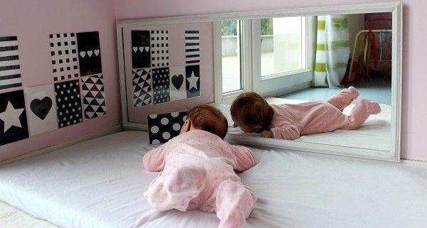 espace et activit s d 39 veil pour b b 0 3 mois bebe. Black Bedroom Furniture Sets. Home Design Ideas