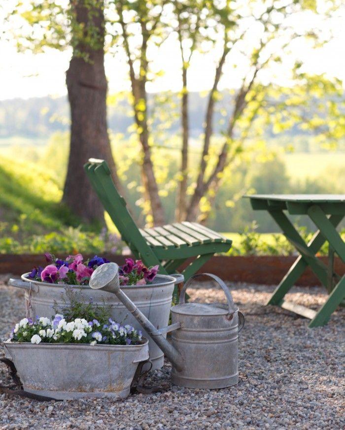 Ich liebe alte Gartenmöbel mit Patina ähnliche tolle Projekte und ...