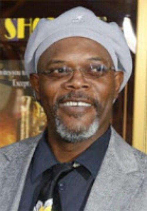 Samuel L. Jackson wears a cap backwards.  dee599f9f96