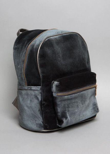 Grey Velvet bag // Pinned by andathousandwords.com