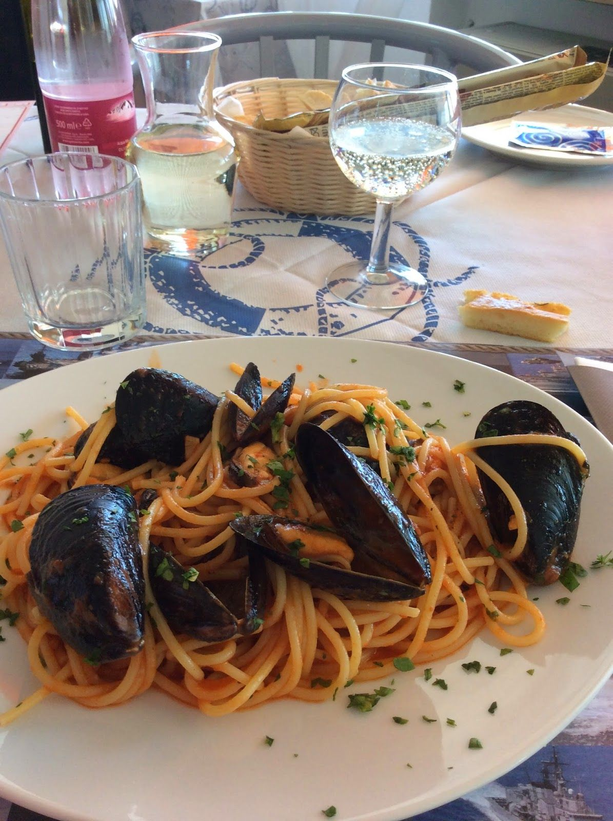 "Living Ravenna: Pranzo da ""Marinai d'Italia"" sul molo di Marina di Ravenna (RA)"