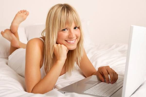 How to meet a girl online for free