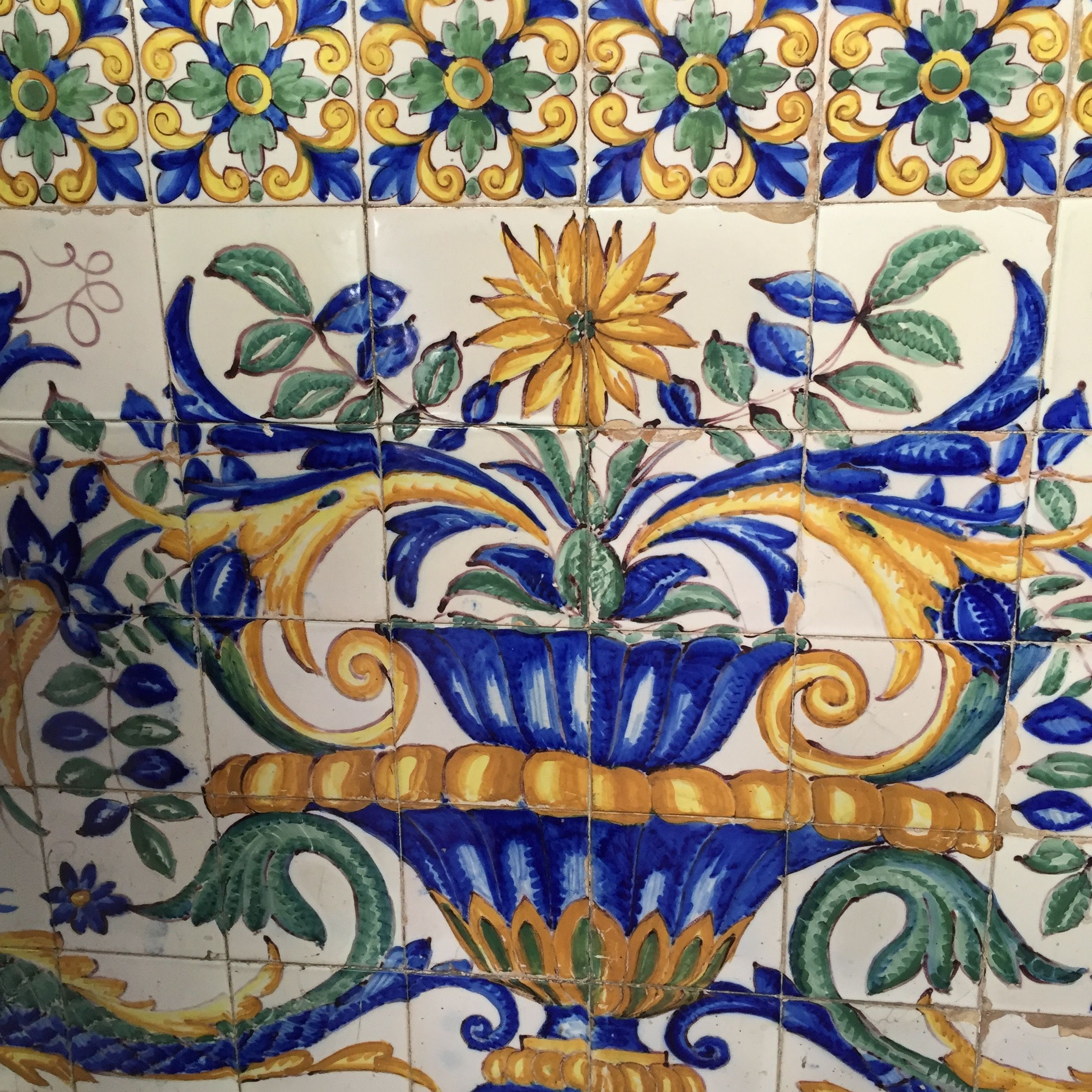 Floral Design And The Use Of Blue Greens And Yellow Similarities