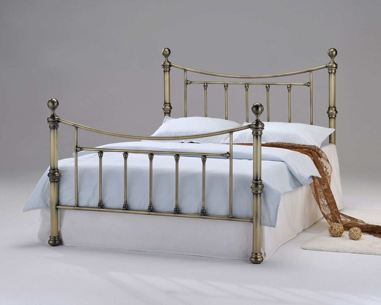 AMERETTO Metalbeds Metal King size metal bed frame