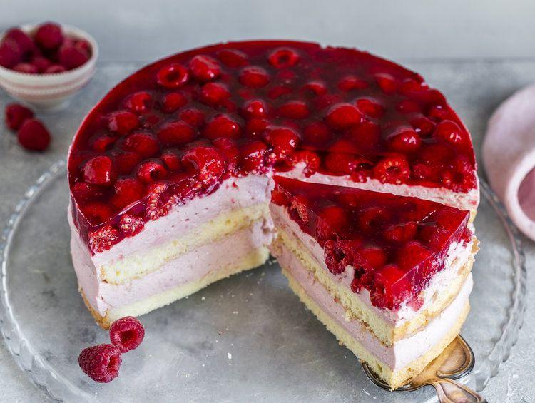 Himbeer Sahne Torte Rezept In 2020 Himbeer Sahne Torte Kuchen Und Torten Und Backrezepte