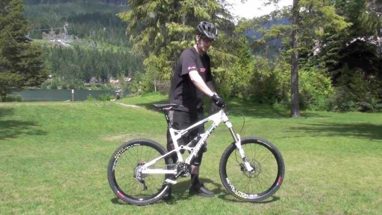Mountain Bike Trick Tip World S Best How To Wheelie Tutorial