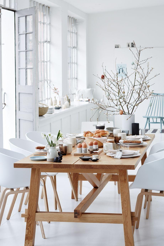 IKEA ESSTISCH aus EICHE schön österlich dekoriert Ikea