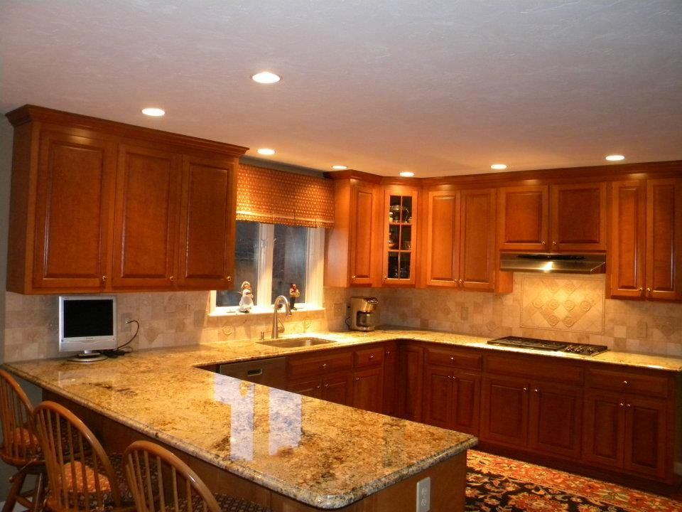 Kitchen Countertops And Backsplashes Granite Countertops W Tumble Marble Backsplash The