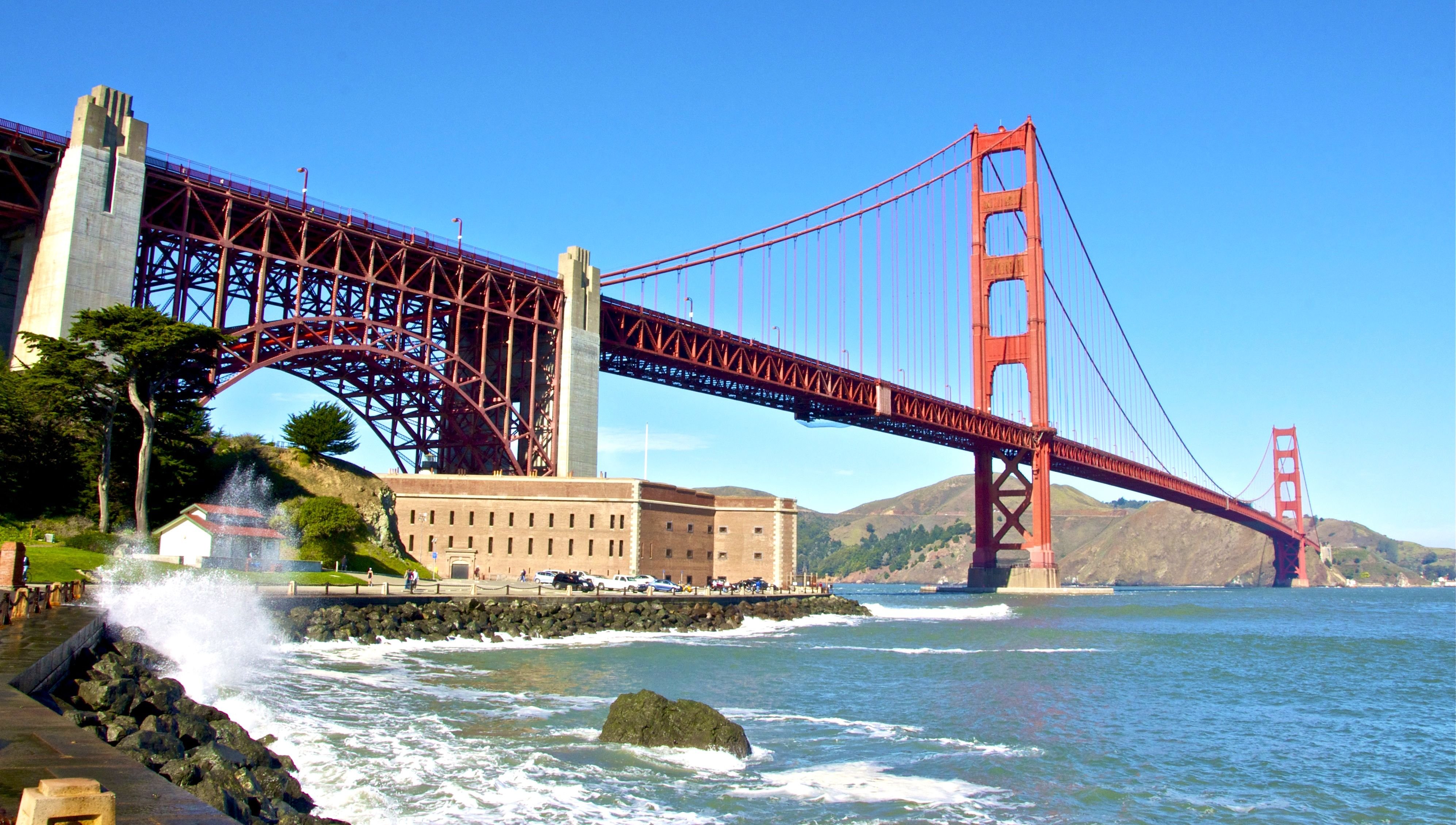 Most Romantic Destinations In San Francisco Tourist Places In California San Francisco Golden Gate Bridge California Tourist Attractions