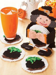 Holiday Character Coaster Sets for Halloween in Plastic canvas patterns