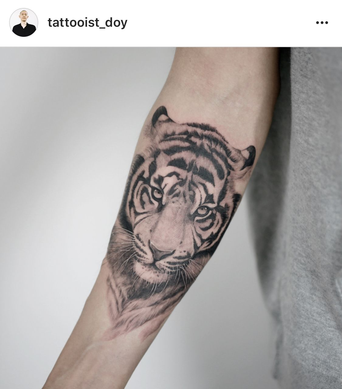 Pin By Mykayla Jefferson On Tattoo In 2020 Tiger Tattoo Thigh Tiger Hand Tattoo Tiger Tattoo Sleeve
