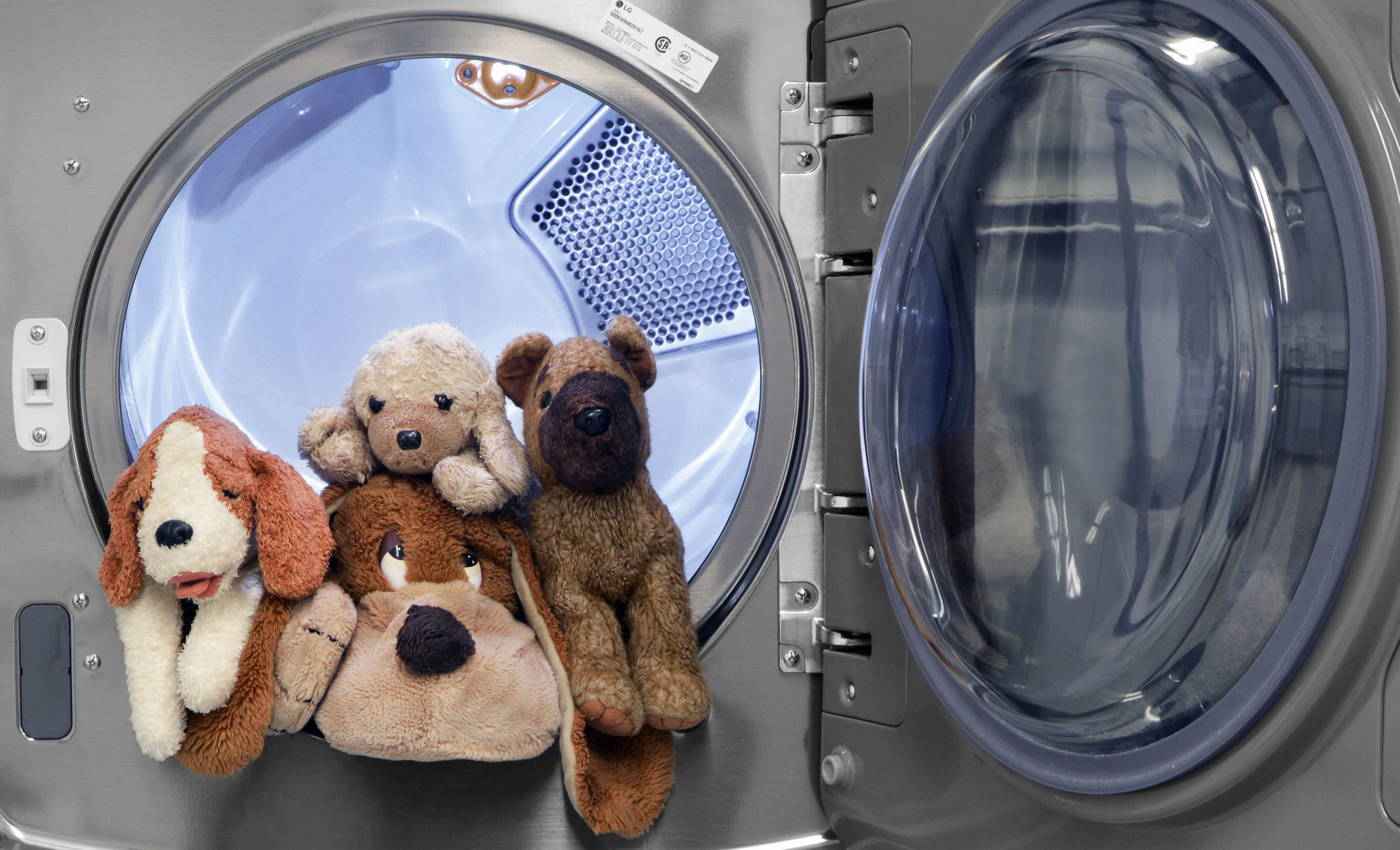 Can You Wash Stuffed Animals In The Washing Machine Here S How To Wash Your Child S Favorite Stuffed Animal Washing Stuffed Animals Clean Stuffed Animals Washing Machine