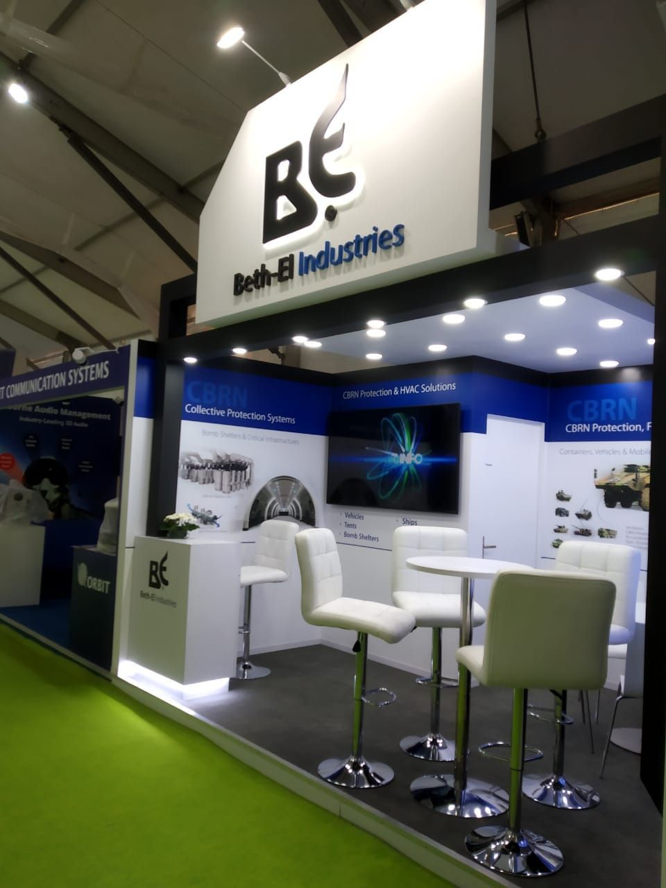 Sconce Global Exceeds Itself Yet Again Our Team Has Built A Custom Modular Booth For Beth Ei At Defexpo In Luckn In 2020 Event Booth Design Event Booth Booth Design