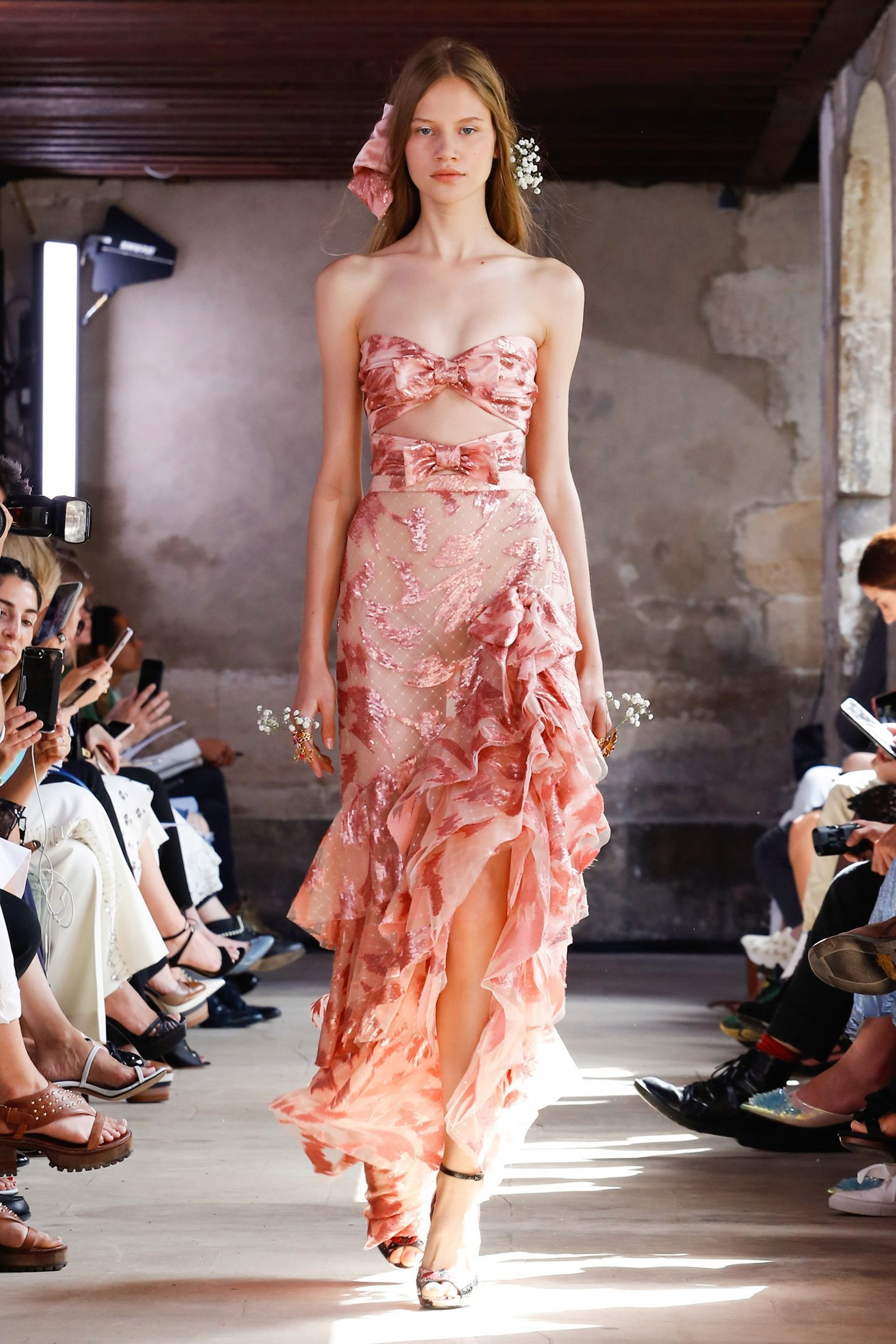 Rodarte\'s Breathtaking Garden Party in Paris | Alta costura, Armario ...