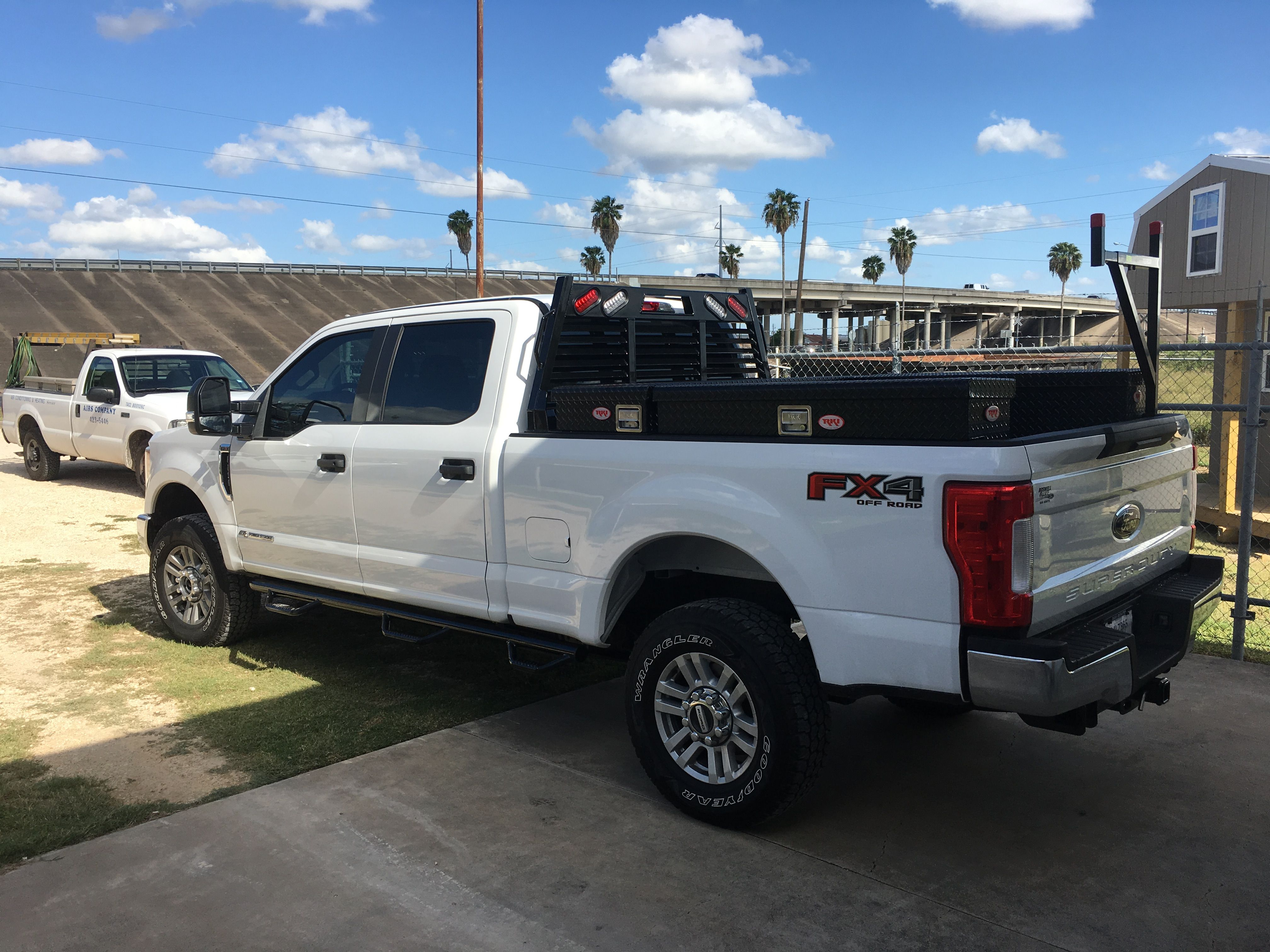 F250 Headache Rack >> 2017 F250 With Rki Boxes Headache Rack Ladder Rack And