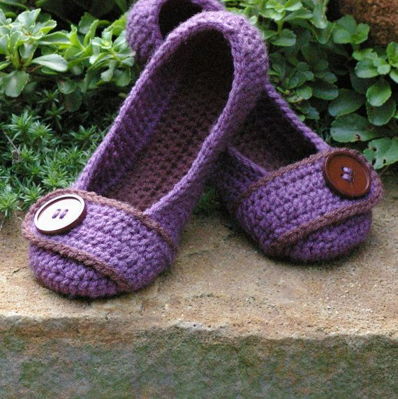 AAA!!!! I want some slippers.... or maybe give some for christmas....