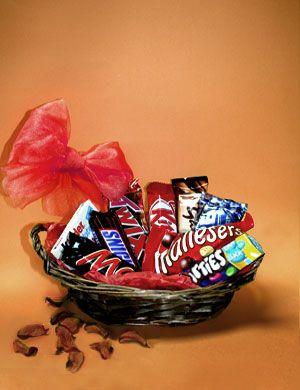 Lebanon Chocolate Chocolate Basket Send Valentine S Day