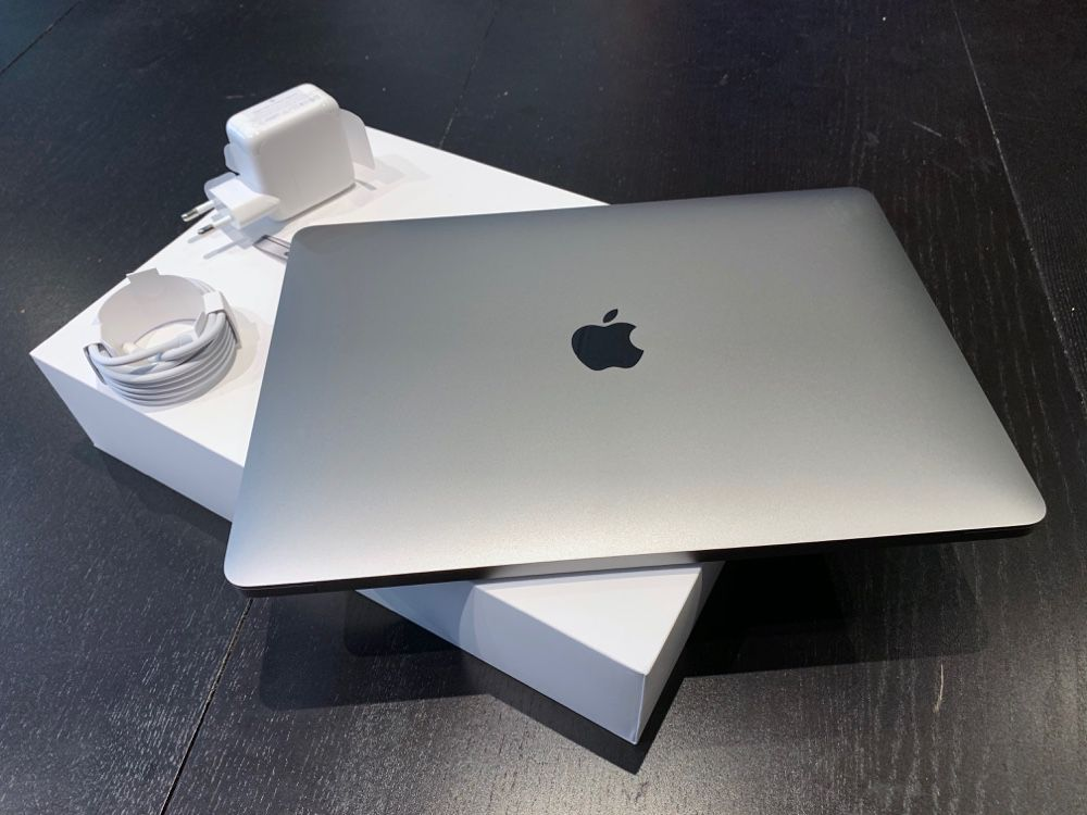 Getting Started With Retina Macbook Air 2019 Macgeneration Macbook Air Retina Macbook Air Macbook
