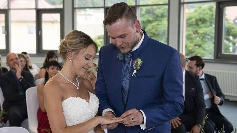 Hochzeit Auf Ersten Blick Christina Marcel Trennung Nach 2 Wochen Hochzeit Auf Den Ersten Blick Hochzeit Marcel