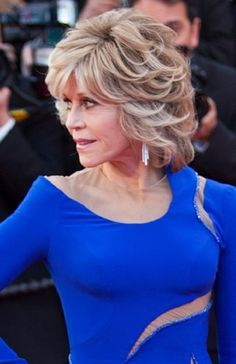 Jane Fonda glows at Grace and Frankie premiere! | Hairstyles ...