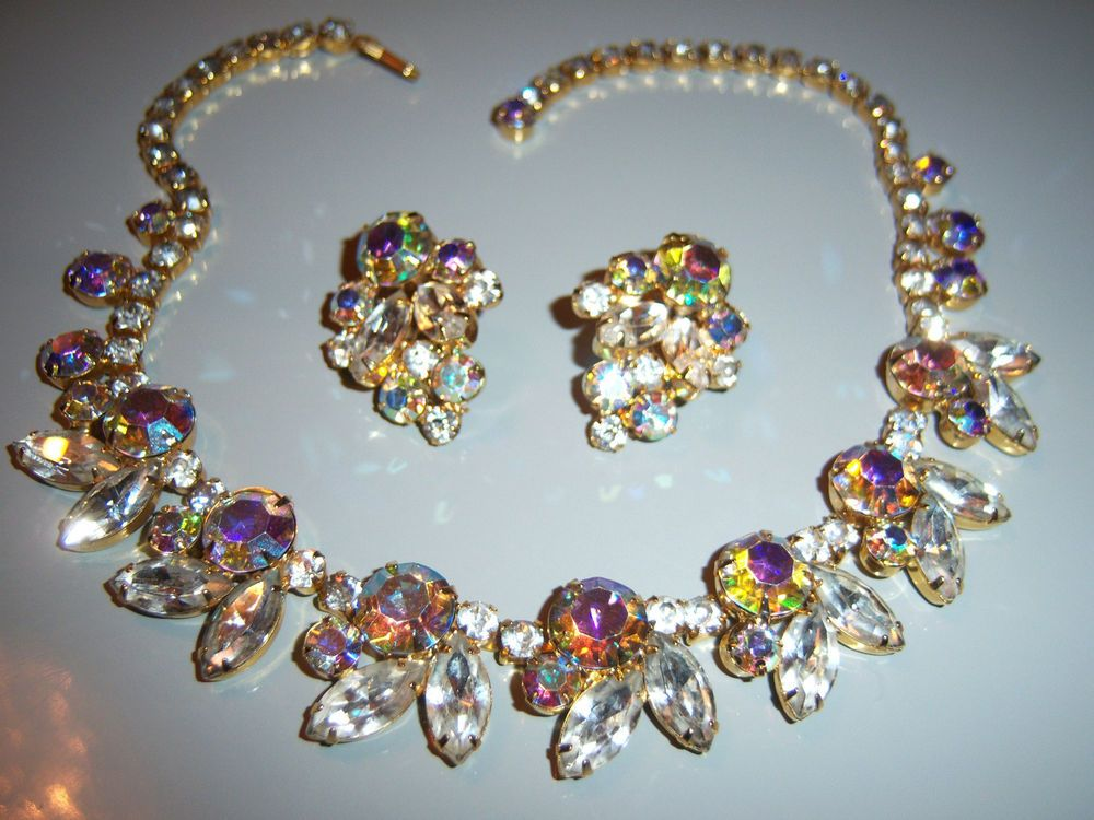 VINTAGE JULIANA D&E AURORA BOREALIS AB RHINESTONE NECKLACE EARRING SET