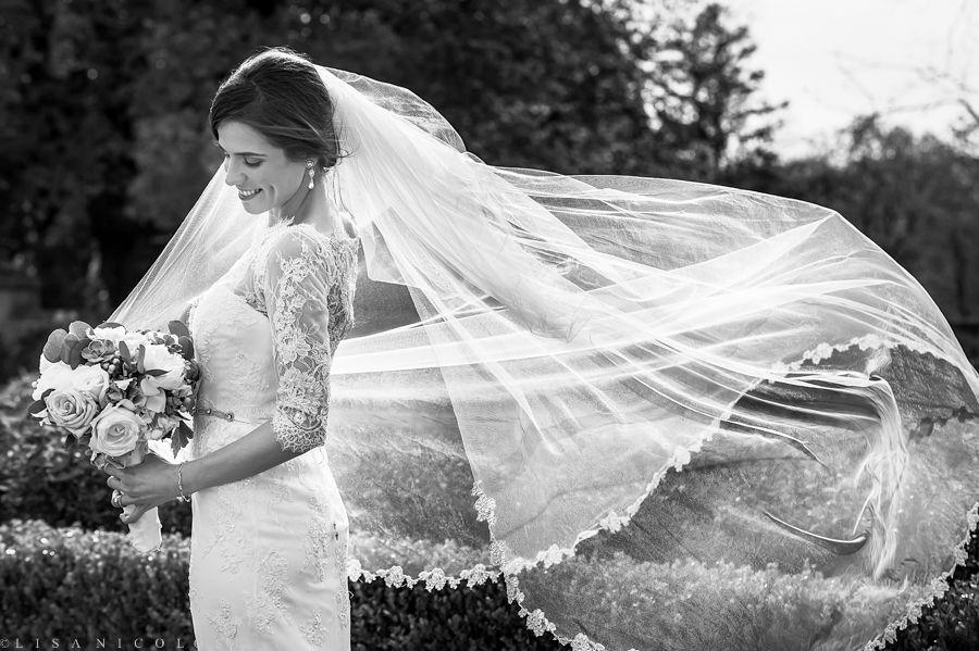 Lisa Nicolosi Is A Long Island Ny Wedding And Portrait Photographer Long Island Wedding Wedding Ny Wedding