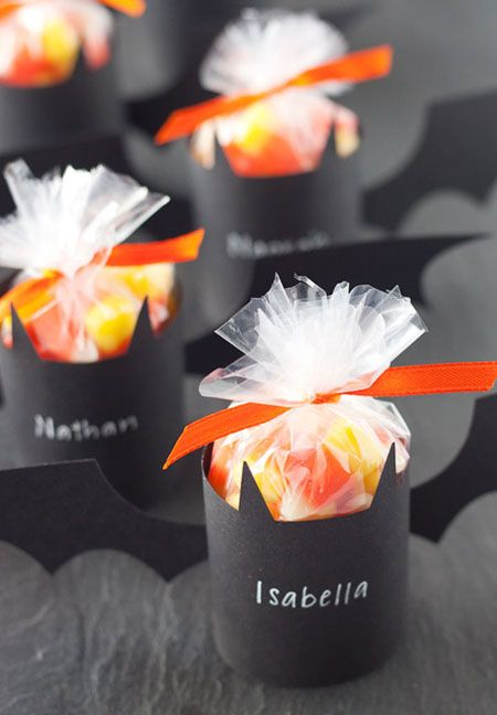 9 awesome diy halloween treat bags - Halloween Treat Holders