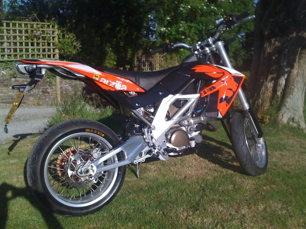 aprilia sxv 550 for sale cars pinterest cars pictures of sports cars and motorcycle. Black Bedroom Furniture Sets. Home Design Ideas