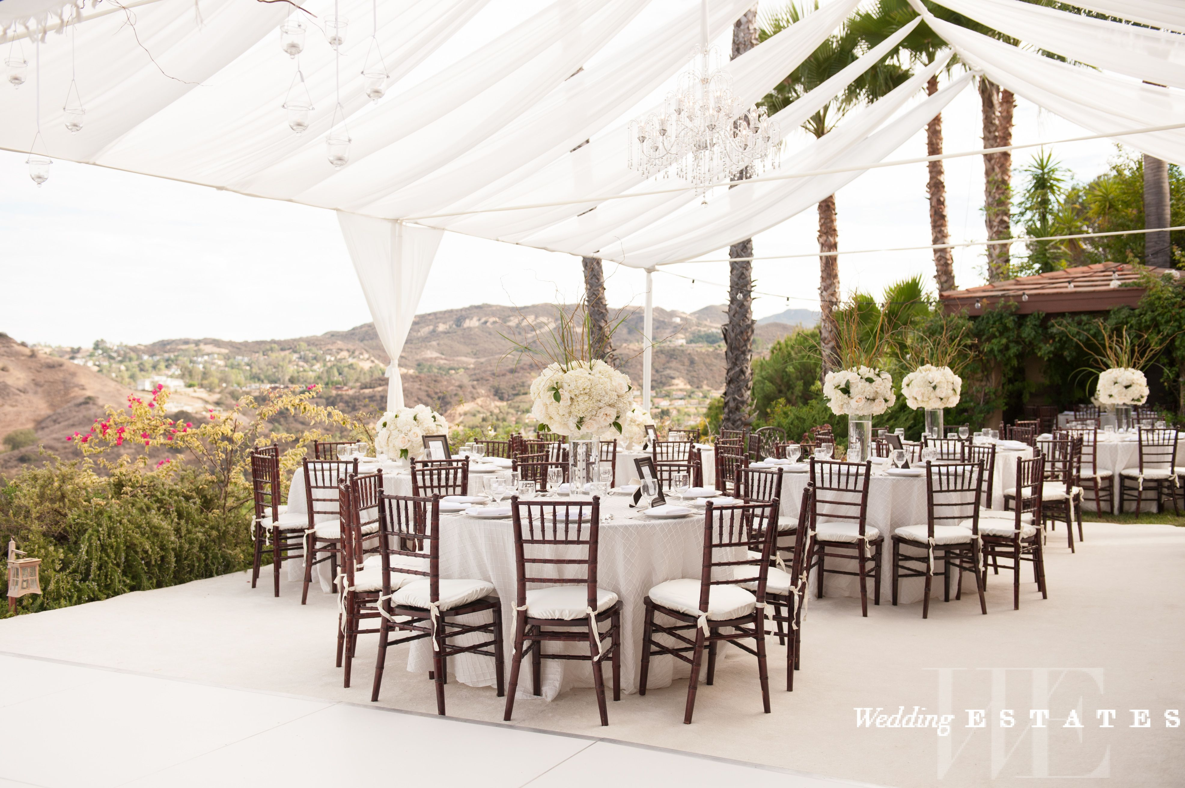 Places To Rent Wedding Decorations Near Me 2019 Best Places To Rent Wedding Supplies In La Wedding Rentals Decor Chair And Table Rental Places To Rent