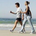 A corrida é uma atividade física que agrada muitas pessoas e fornece diversos benefícios para a saúde geral do nosso organismo. Em outros artigos já trouxemos dicas sobre como praticar corrida da forma correta para obter todos os seus benefícios. Hoje trazemos um plano de treinamento para que você possa ser capaz de correr cinco quilômetros em seis semanas, inclusive se você nunca praticou corrida.