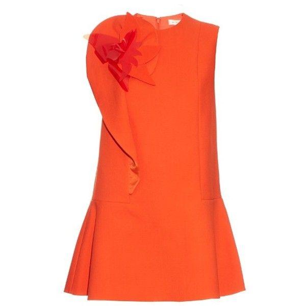 Delpozo Floral-brooch cotton-blend crepe dress (€760) ❤ liked on Polyvore featuring dresses, orange, orange flare dress, crepe dress, floral day dress, cotton blend dresses and floral fit-and-flare dresses