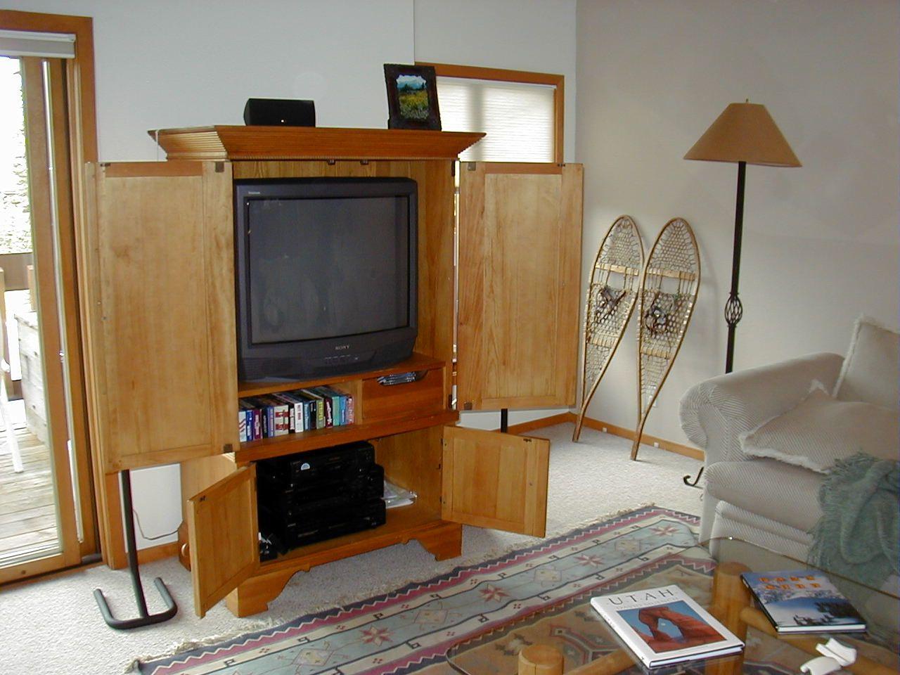 Zeitgenössische Wohnzimmer Mit TV Wand Ideen Möbel die Dekoration ...