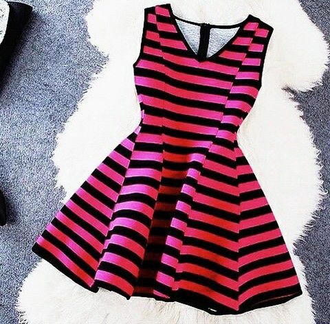 #vestido para fiesta #rojo de rallas con negro