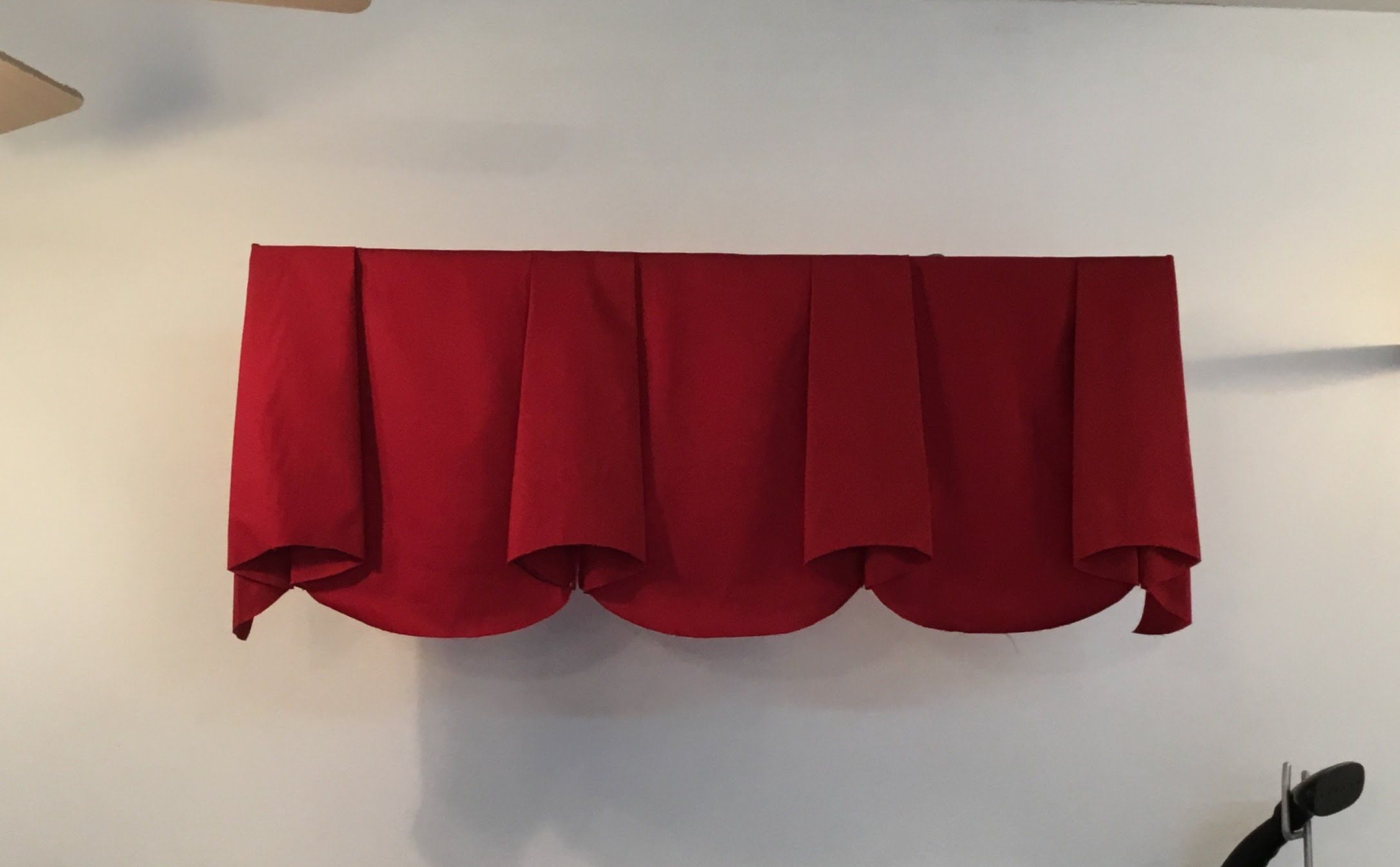 How To Make Scalloped Valance With Bells Part 1