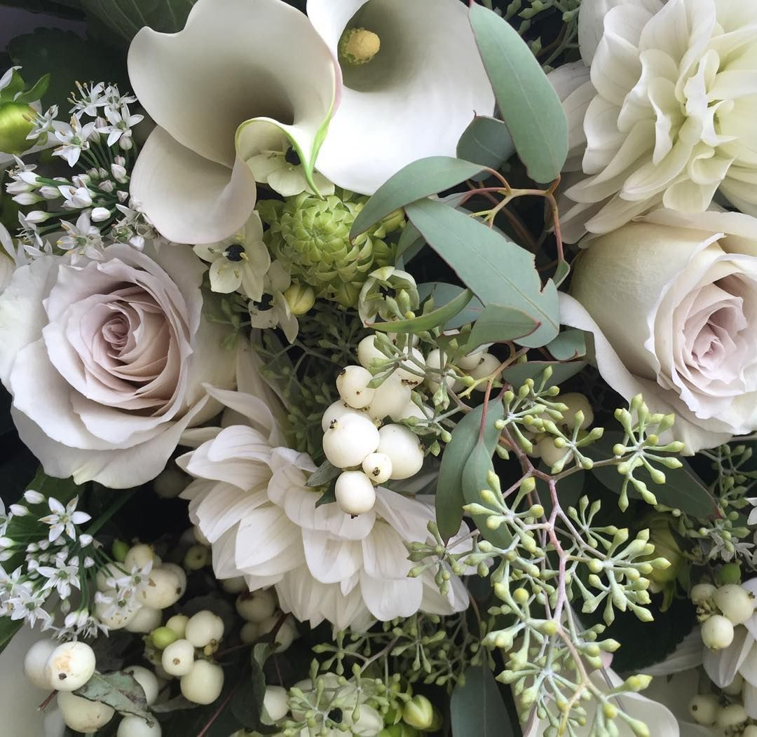 Cool Weather Wedding Flowers: Cool Vancouver Florist Close Up Of A Bouquet Taryn