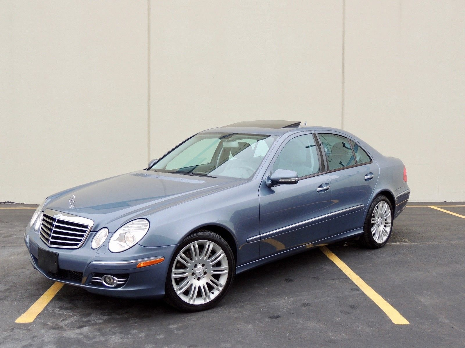 2009 Mercedes E Class Amg Lowered On 20s Preview Mercedes E55